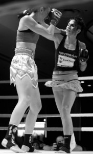 Fighting in Los Angeles, USA against Roxy Richardson. July 2010.